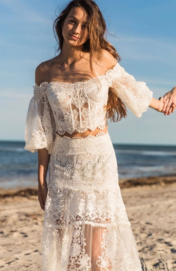 7 The perfect wedding dresses for beach wedding
