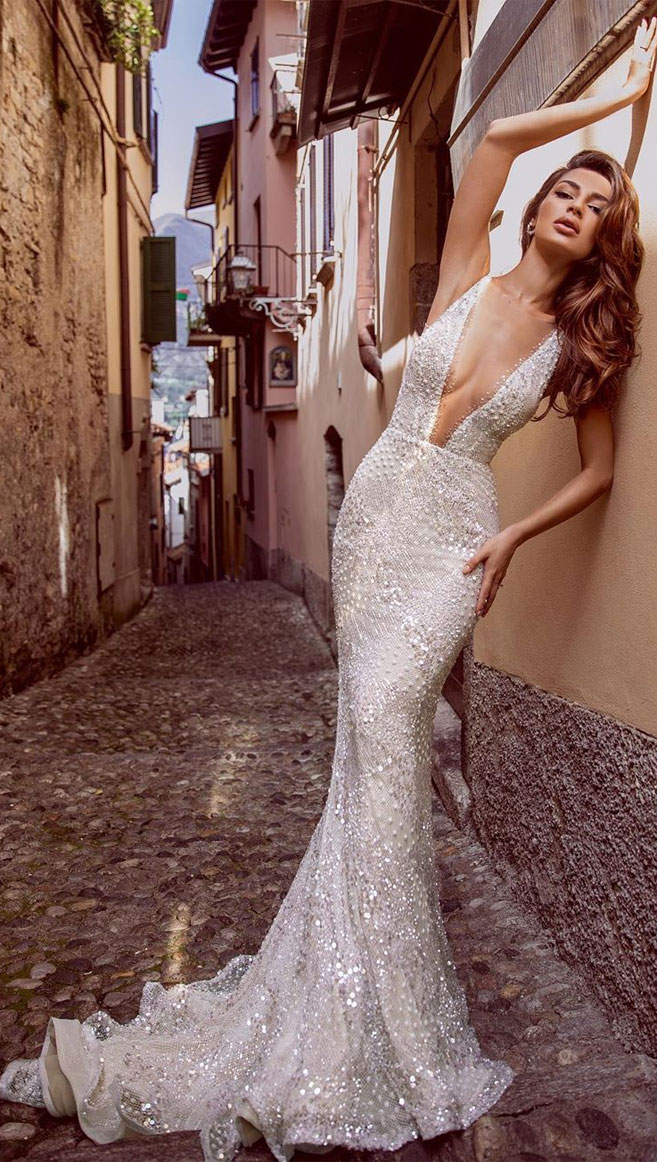 Hot Sexy & Unique Wedding Dresses
