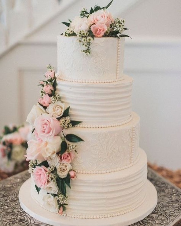 49 Spring 2020 Wedding Ideas – classic wedding cake