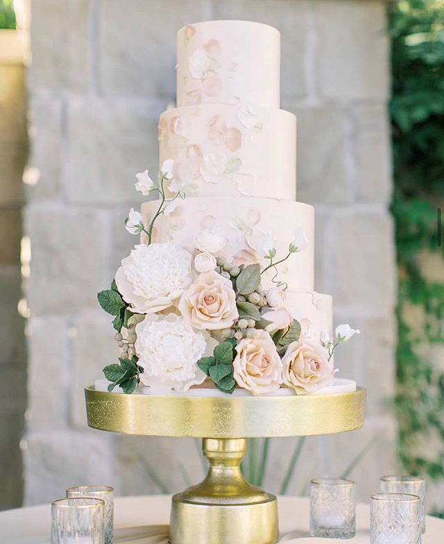 62 Spring Wedding Ideas We Can't Get Enough Of – Page 6