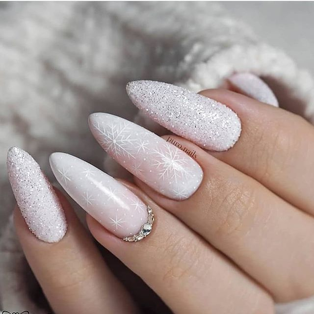 70 Pretty Festive and Winter Nail Art Designs – page 4