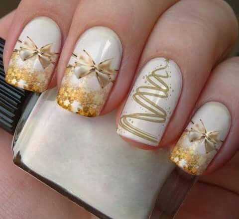 70 Pretty Festive and Winter Nail Art Designs – page 19