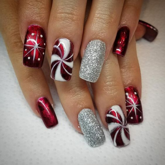 70 Pretty Festive and Winter Nail Art Designs – page 32