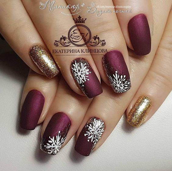 70 Pretty Festive and Winter Nail Art Designs – page 33