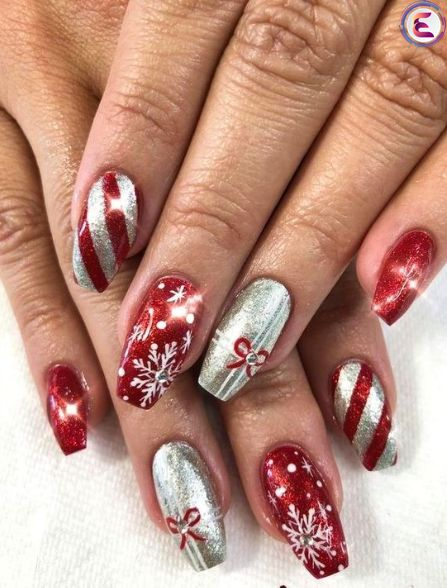 70 Pretty Festive and Winter Nail Art Designs – page 34