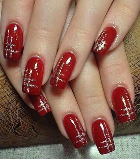 70 Pretty Festive and Winter Nail Art Designs – page 36