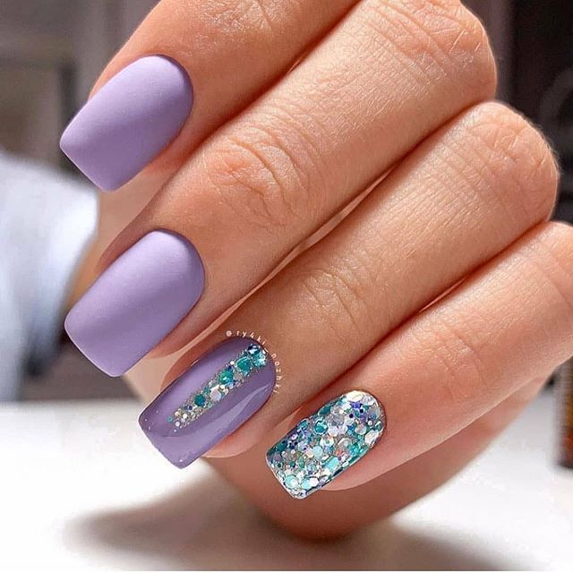 70 Pretty Festive and Winter Nail Art Designs – page 10