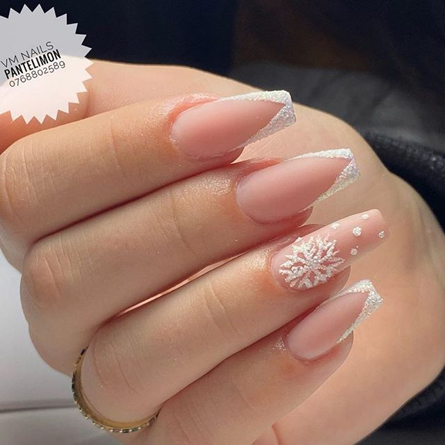 Stunning Winter Nail Art Designs – Page 24