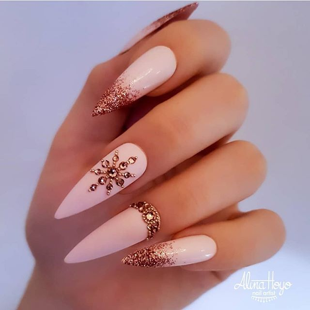 Stunning Winter Nail Art Designs – Page 31