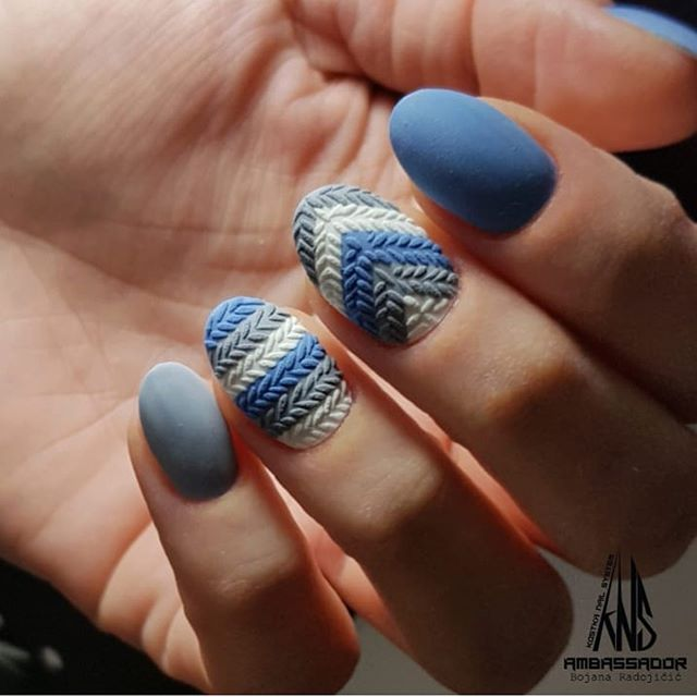Stunning Winter Nail Art Designs – Page 32