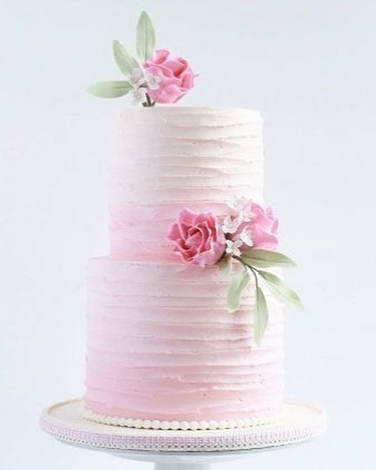 Beautiful Wedding Cake Trends For 2020 – 18