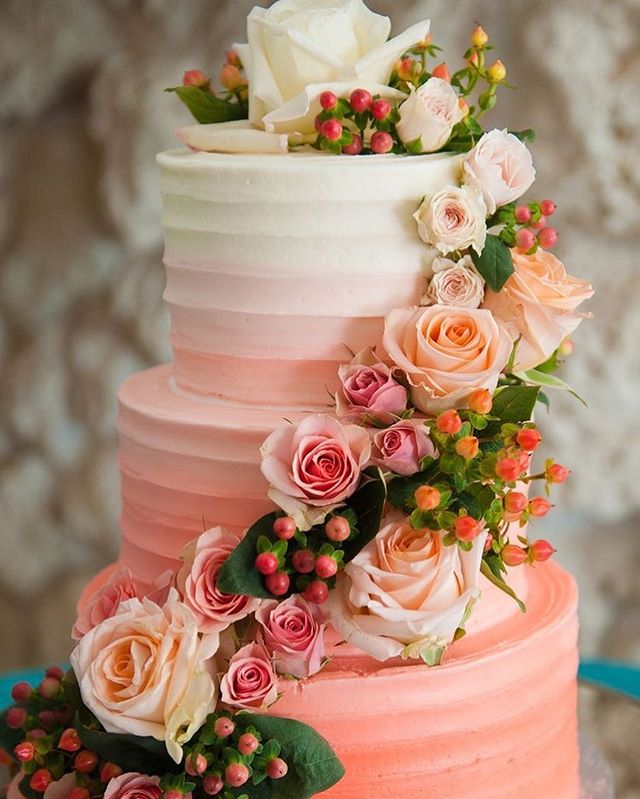 Beautiful Wedding Cake Trends For 2020 – 16