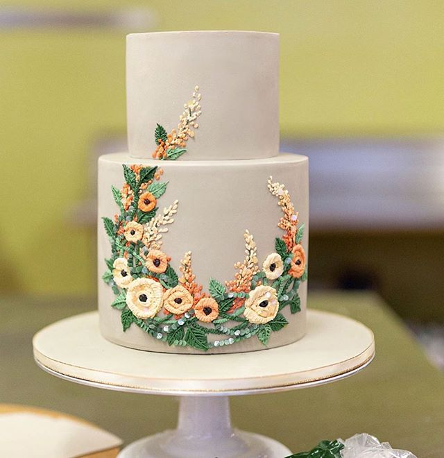 Beautiful Wedding Cake Trends For 2020 – 3