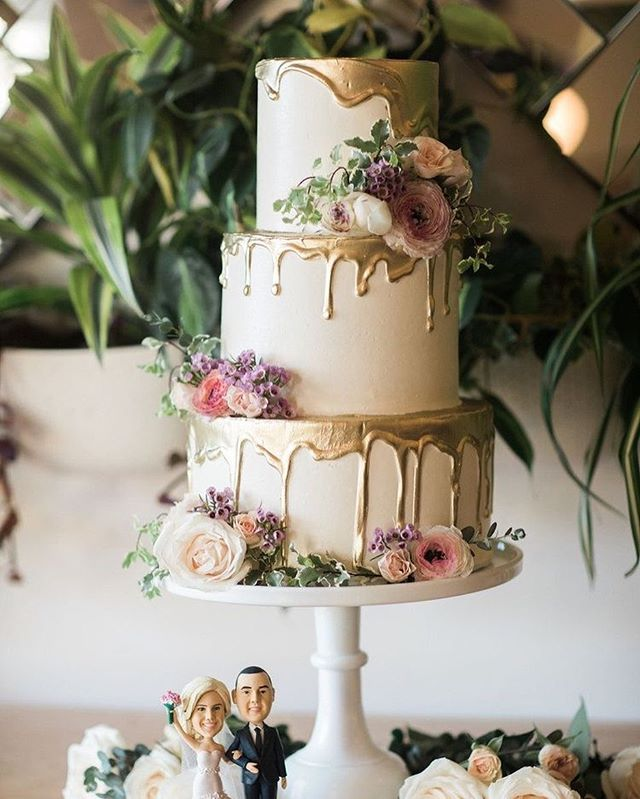 Beautiful Wedding Cake Trends For 2020 – 5