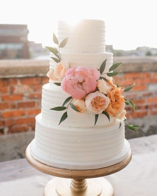 Beautiful Wedding Cake Trends For 2020 – 8