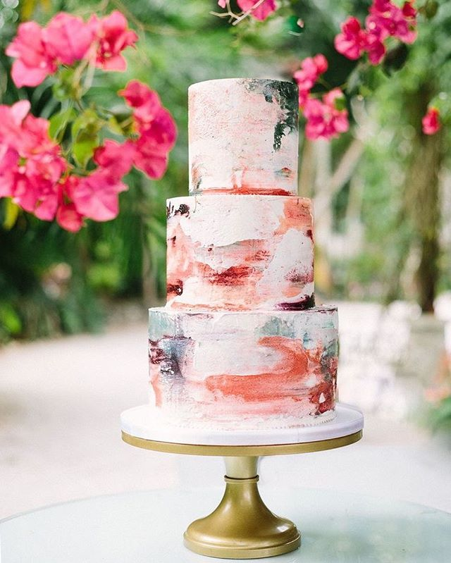 Beautiful Wedding Cake Trends For 2020 – 10