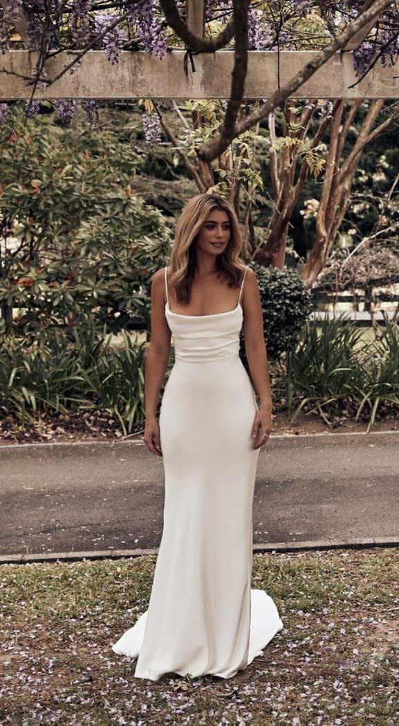 These 12 wedding dresses will never goes out of style