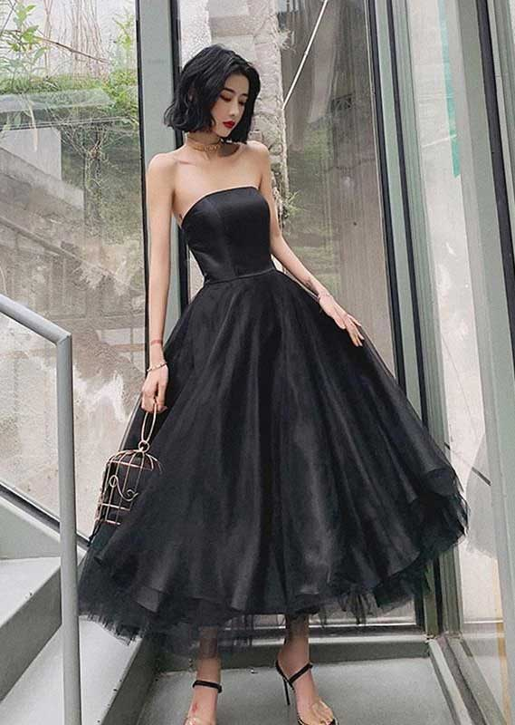 41 Stunning black dresses that you should have in your closet – 8