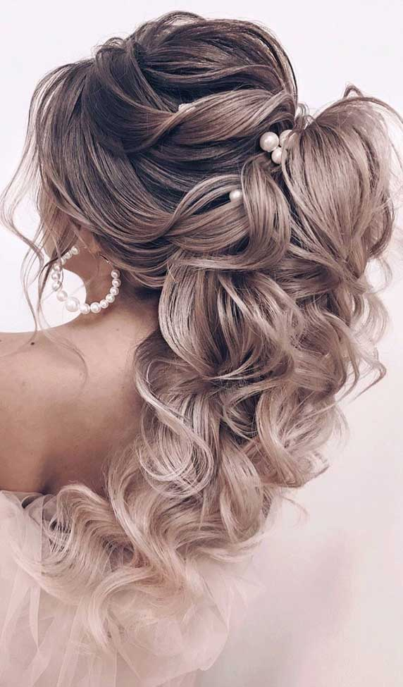Gorgeous prom hairstyles that will make you shine through night – 6