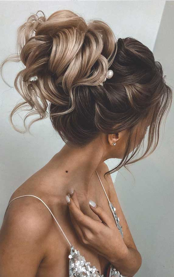 Gorgeous prom hairstyles that will make you shine through night – 8