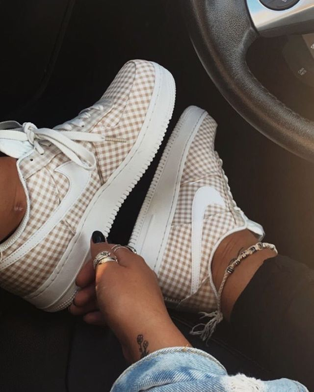 41 Sneakers that will fit any wardrobe