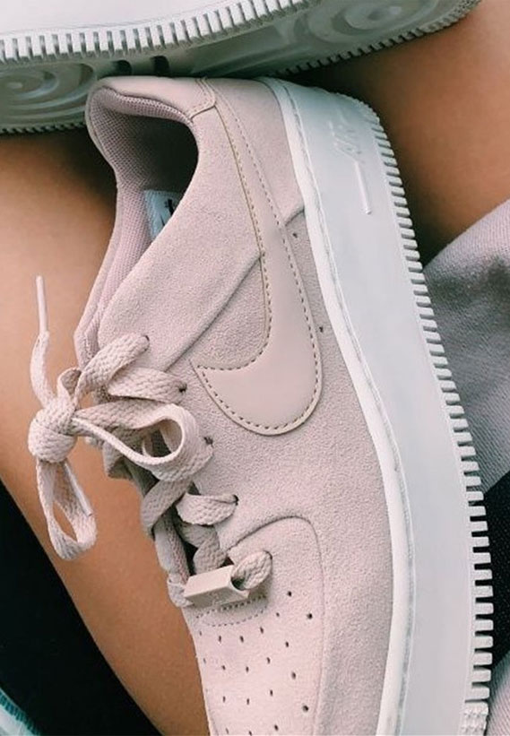37 AWESOME Sneakers 2020 – 21
