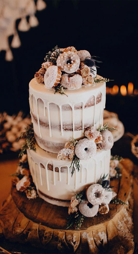 8 Awesome wedding cake with donuts