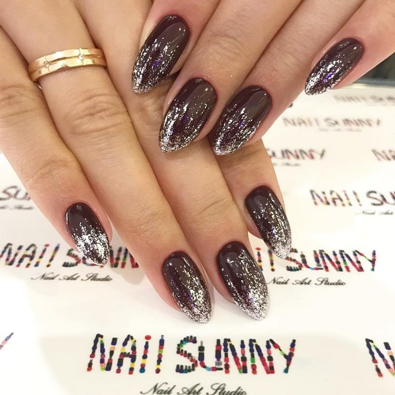 15 Gorgeous glitter nail art designs
