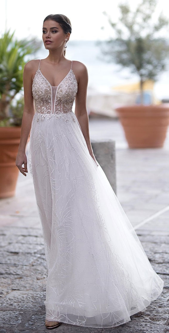 The perfect wedding dress for beach wedding 99